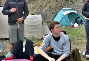 Перерыв между занятиями по йоге. Семинар Черниговской школы йоги. Крым, май 2011г.