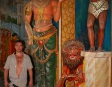 Индуизм на страже буддизма