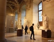 Париж. Лувр. Греческий зал