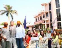 Черниговская Школа Йоги с индийцами