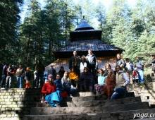 Черниговская школа йоги возле храма Ходимбы
